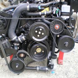 Dépose moteur in-board, pour installation d'un kit échangeur, refroidissement indirect par échangeur eau douce/ eau de mer